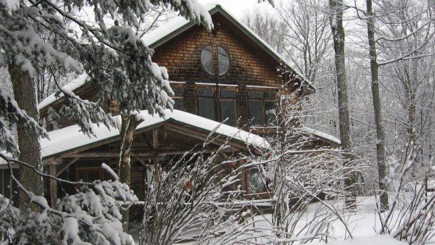 centre-de-meditation-sous-la-neige
